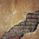 Co byste měli vědět, než se pustíte do opravy fasády